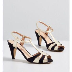 Chelsea crew gold and black 1940s heels